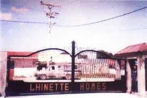 lm Lhinette Homes - Marilao gate